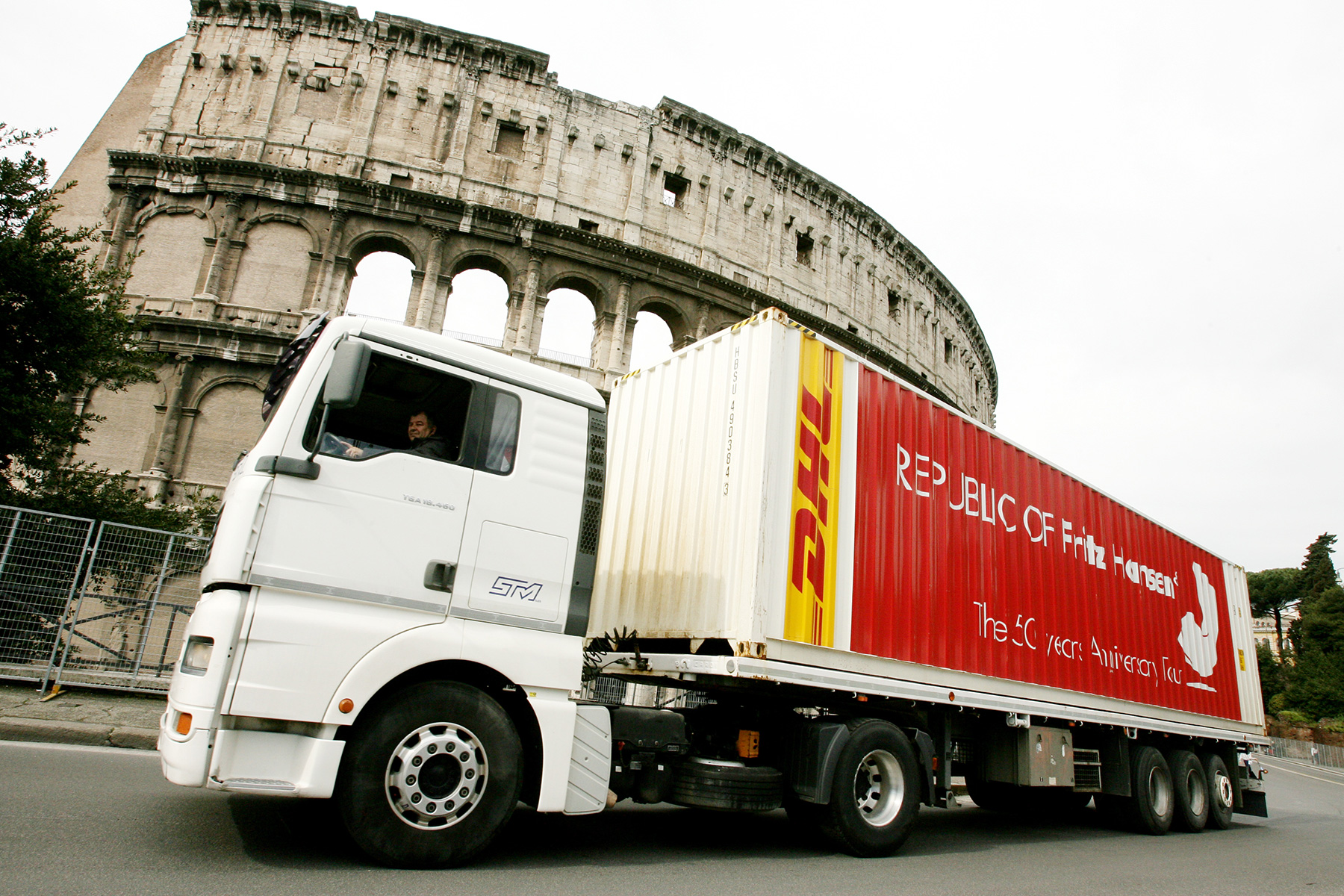 la repubblica di fritz hansen in tour a roma per AD interni