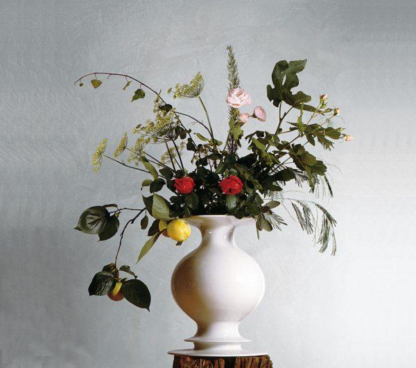 AD produzione privata vaso bianco di Michele de lucchi