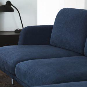 Jaime Haynon disegna sofà per fritz hansen