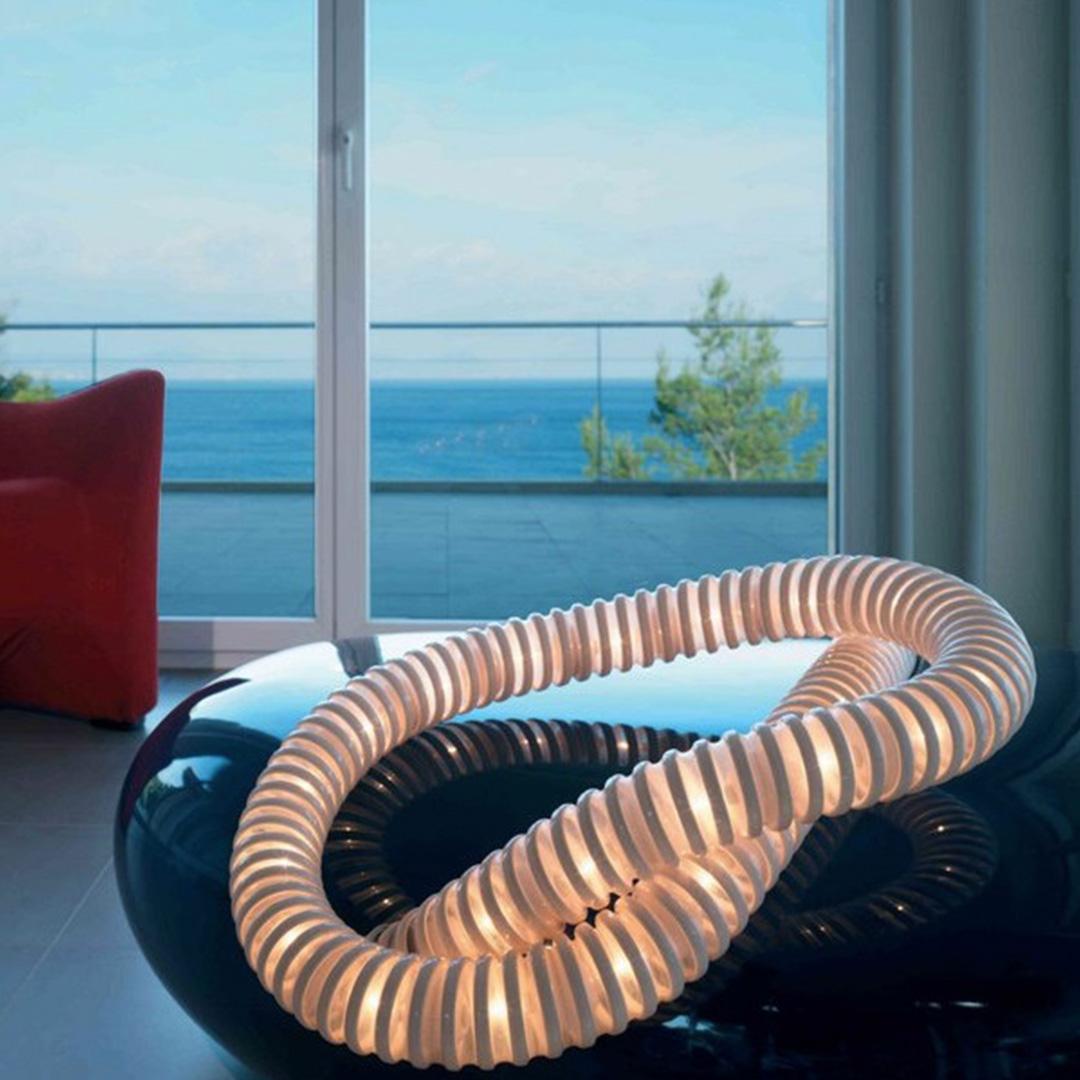 Lampada boalum artemide ad architettura d 39 interni for Interni architettura
